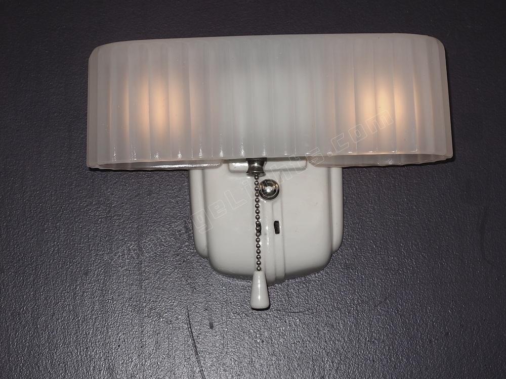 Vintage Bathroom Light Fixtures