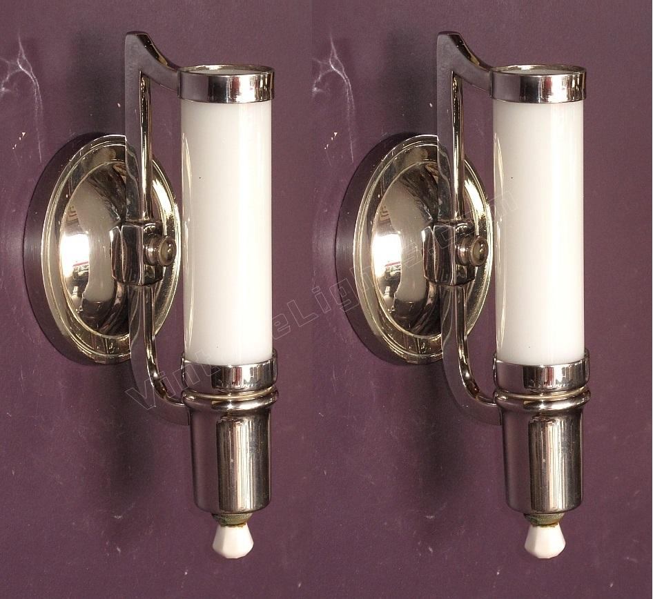 1930s Bathroom Lighting 28 Images The History Of Porcelain Light Fixtures Classics For